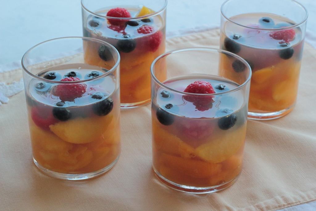 dietacolcuore_pesche in gelatina di moscato