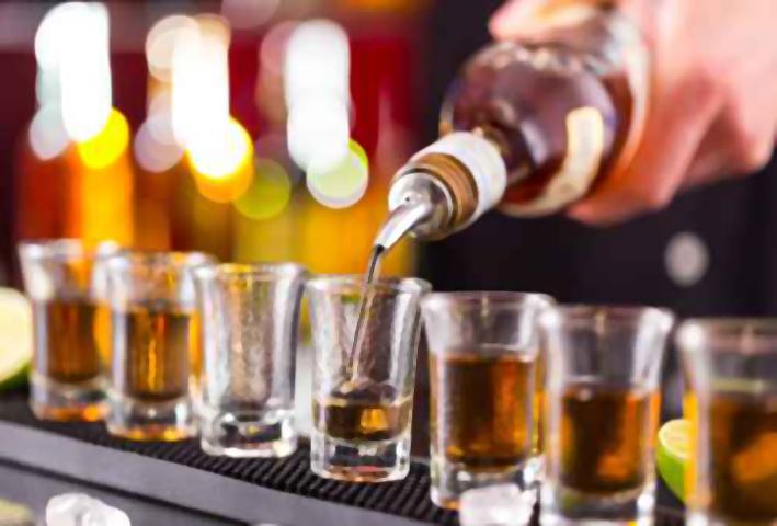 Risultati immagini per alcolici