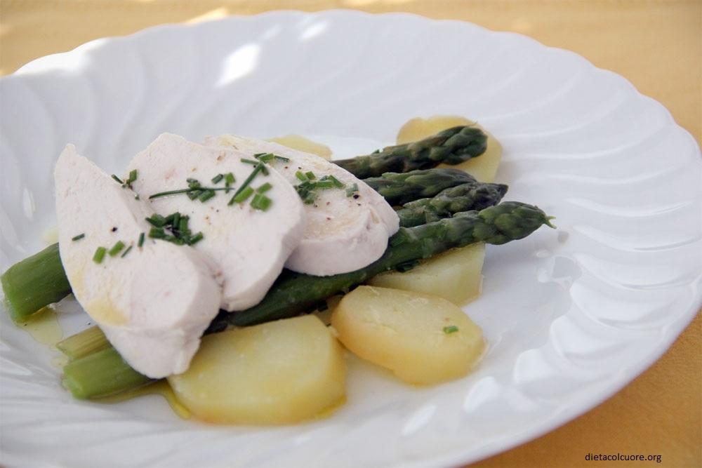 dietacolcuore_pollo lesso con asparagi